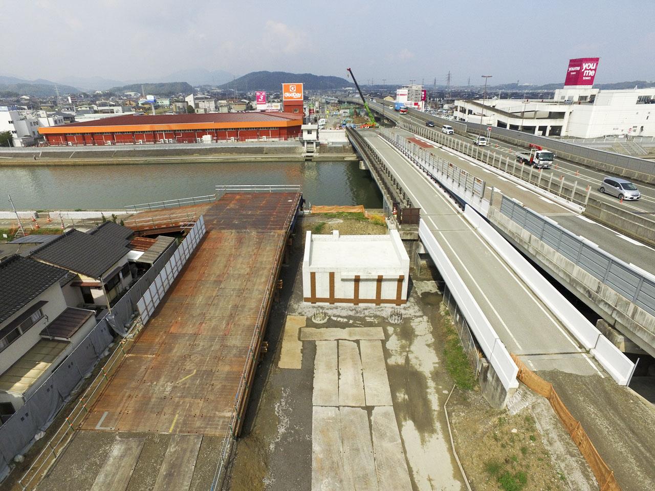 福岡3号西川側道橋下部工工事