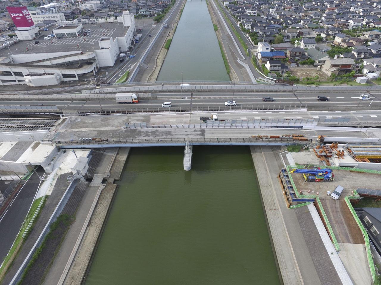 福岡3号西川側道橋下部工P1工事